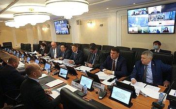 «Круглый стол» Комитета СФ пофедеративному устройству, региональной политике, местному самоуправлению иделам Севера (совместно сКомитетом СФ поэкономической политике)