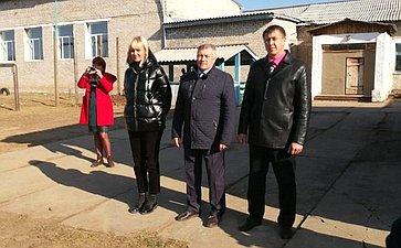 Сергей Михайлов принял участие воткрытии спортивной площадки вселе Фирсово