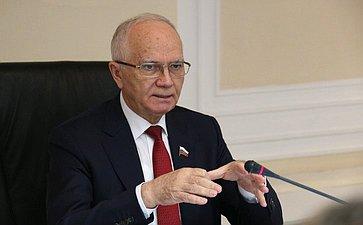 Заместитель председателя Комитета СФ помеждународным делам Фарит Мухаметшин