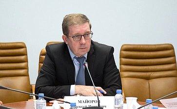 А.Майоров: Профильный Комитет СФ активизирует работу повыработке мер, направленных наизъятие изоборота контрафактной минеральной воды