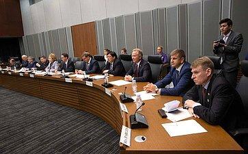 Встреча Делегации СФ сГосударственным министром поэкономическому сотрудничеству сРоссией Хиросигэ Сэко