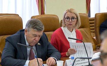 Валерий Рязанский иИрина Гехт