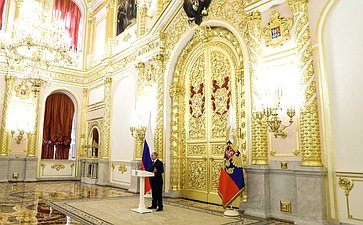 Встреча Президента России Владимира Путина ссенаторами Российской Федерации