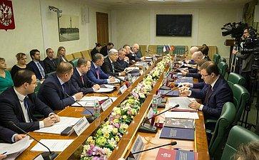 Заседание Комиссии СЗ повопросам интеграции Республики Крым игорода федерального значения Севастополя вправовую систему РФ
