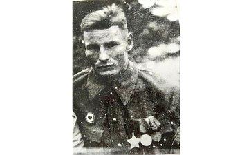 Тальнишных Дмитрий. Воевал сиюля 1941 пооктябрь 1945. Служил вартиллерии. Награжден орденами имедалями. Дедушка сотрудницы Аппарата СФ А.Самусенко