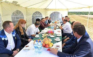 Николай Федоров посетил Учебный научно-практический центр «Студенческий» Чувашской государственной сельскохозяйственной академии