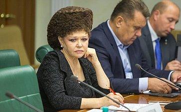 Заседание Комитета общественной поддержки жителей Юго-Востока Украины. Петренко