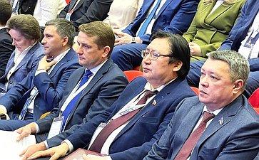 Александр Акимов принял участие воII Форуме коренных малочисленных народов Севера, Сибири иДальнего Востока РФ