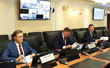 Совещание повопросу реализации ипредлагаемым изменениям государственной программы «Развитие авиационной промышленности» на2021–2023годы