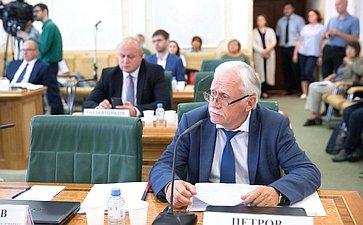 Заседание рабочей группы при Комитета СФ поэкономической политике повопросам государственной политики всфере авиастроения