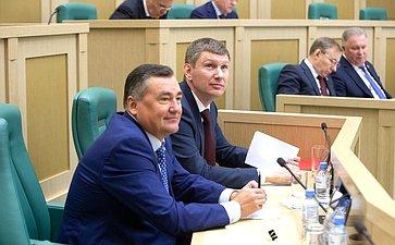 Максим Решетников иВалерий Сухих