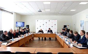 Ю. Воробьев провел совещание вЦентре «Корабелы Прионежья» повопросам строительства физкультурно-оздоровительного комплекса вг. Вытегре