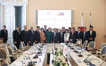 Встреча В. Матвиенко сГенеральным секретарем Либерально-демократической партии Японии Т.Никаи