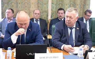 А. Кондратенко иВ. Николаев