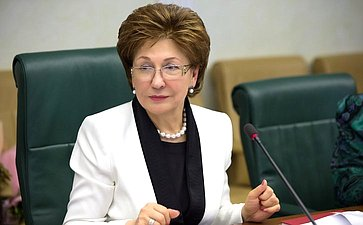 Г.Карелова выразила надежду, что закон оборганизации детского отдыха вРФ начнет действовать с1января
