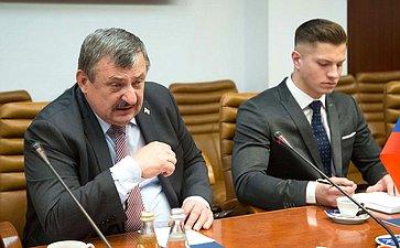 Встреча В. Бондарева спредседателем Комитета пообороне ибезопасности Национального совета Словацкой Республики Антоном Грнко