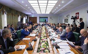 Заседание Комитета СФ поаграрно-продовольственной политике иприродопользованию сучастием представителей власти Калужской области