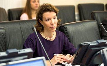 Член ОП РФ В. Крашенинникова