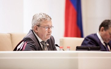 Александр Торшин на 358 заседании Совета Федерации