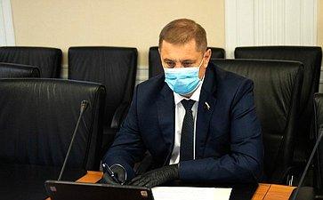 Николай Семисотов