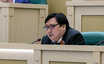 Сенатор А.Акимов поднял вопрос разработки федеральной целевой программы оздоровления «Дети Арктики»