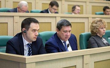 М. Хапсироков иВ. Полетаев