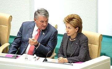Юрий Воробьев иГалина Карелова