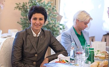 Деловой завтрак врамках Второго Евразийского женского форума