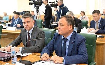 Ю. Архаров иА. Суворов