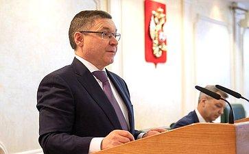 Министр строительства ижилищно-коммунального хозяйства РФ В. Якушев