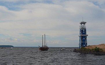 Ю. Воробьев принял участие вторжественной встрече «Онежской экспедиции-2017» вцентре «Корабелы Прионежья»