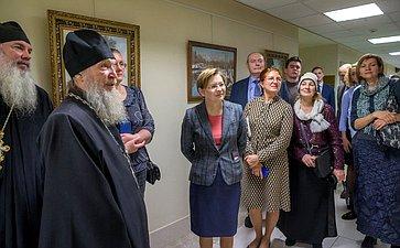ВСовете Федерации открылась выставка, посвященная 60-летию творческой деятельности художника-живописца П. Кочанова