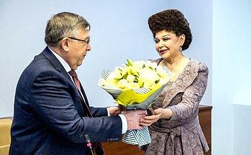 Валерий Рязанский иВалентина Петренко