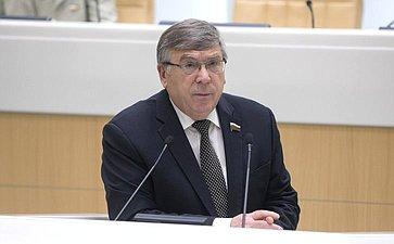 В. Рязанский поздравил с25-летием Московскую областную Думу