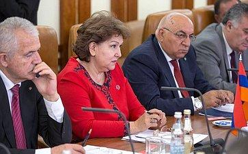 Встреча первого заместителя Председателя СФ Н.Федорова сзаместителем Председателя Национального собрания Армении Э. Нагдалян