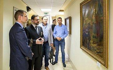Д. Шатохин открыл вСовете Федерации выставку картин Заслуженного художника РФ Игоря Машкова «Кистокам»