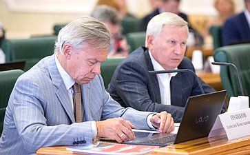Алексей Пушков иМихаил Афанасов