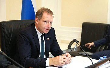 А. Кутепов предложил предоставить следователям право допрашивать потерпевших иэкспертов дистанционно