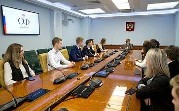 Встреча Е. Авдеевой состудентами Университетского колледжа Вологодской области