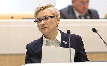 Л. Бокова
