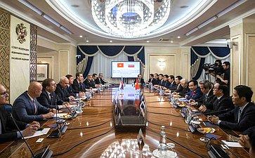 Встреча заместителя Председателя СФ А. Турчака сГенеральным секретарем ЦК Компартии Вьетнама Н. Чонгом