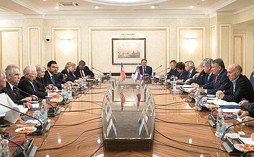 Встреча Ю.Воробьева счленами американской делегации-участниками группы «Дартмутский диалог»