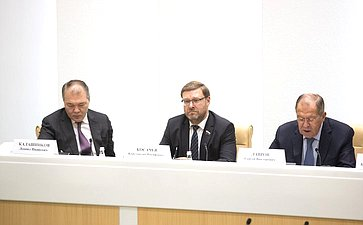 Леонид Калашников, Константин Косачев иСергей Лавров