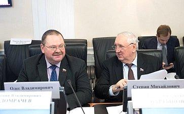 О. Мельниченко иС. Киричук