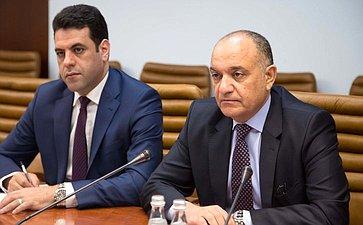Встреча Константина Косачева сЧрезвычайным иПолномочным Послом Иорданского Хашимитского Королевства вРФ Амджад Оде Адайле