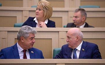 Виктор Бондарев иДмитрий Мезенцев