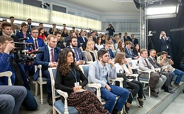 Встреча К.Косачева сучастниками молодежного российско-белорусского конкурса «Союзная Лига дебатов»