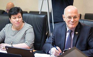 Людмила Кононова иВладимир Круглый