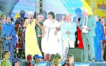 Елена Афанасьева поздравила ребят изРоссии иБеларуси сначалом XIV фестиваля союзного государства «Творчество юных»