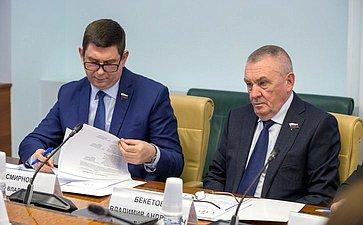 Виктор Смирнов иВладимир Бекетов